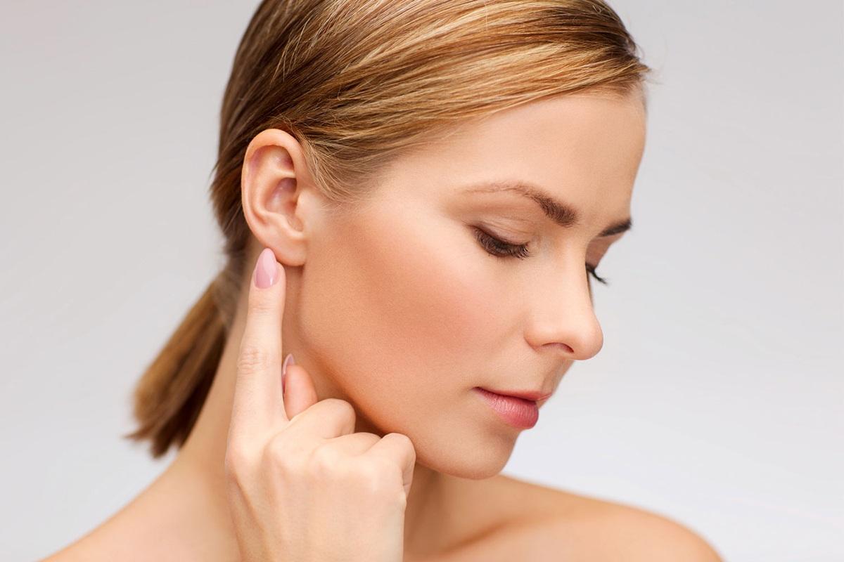 Лечение боли в ухе у взрослых, как лечить боль в ушах, симптомы и лечение